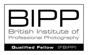 BIPP qualified logo FBIPP White